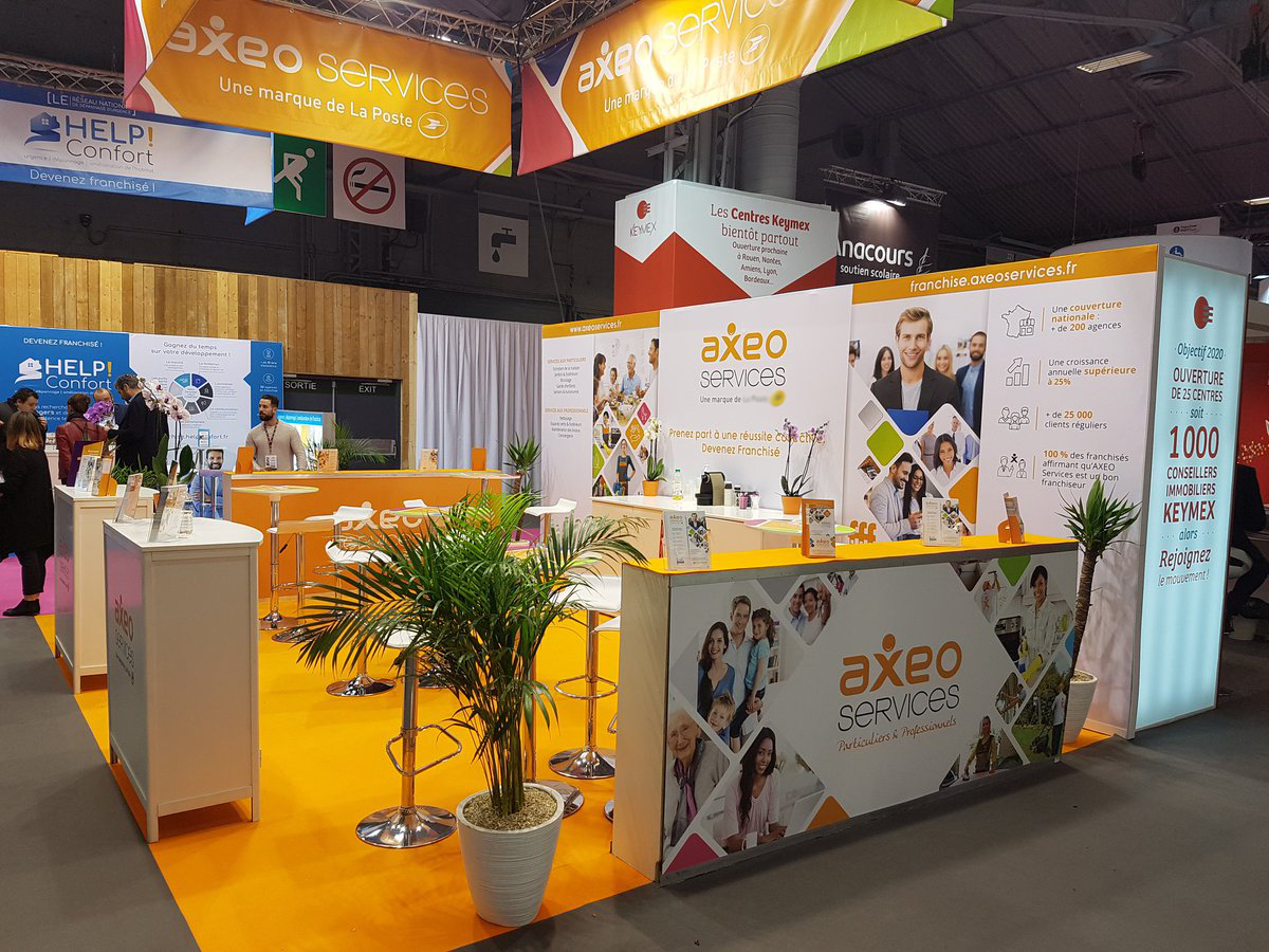 Jane et Bernie - Stand AXEO AXEO Services/La Poste